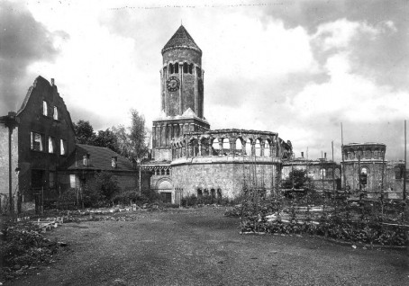 Zerstörte Heilandskirche